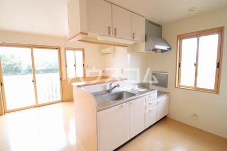エーデルハイム 201号室のキッチン