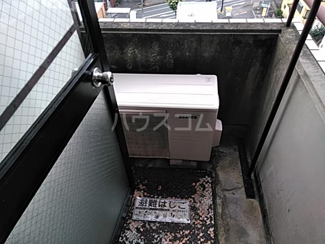 シオン八王子 901号室のバルコニー