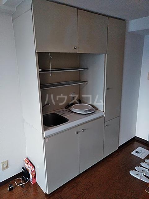 シオン八王子 801号室のキッチン