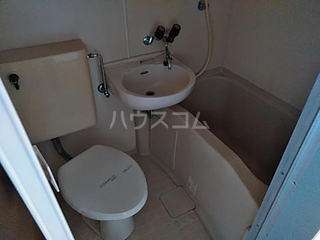 シオン八王子 502号室の風呂