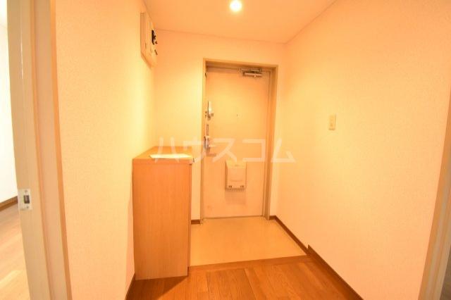 ホーフパラシオン川越 201号室の玄関