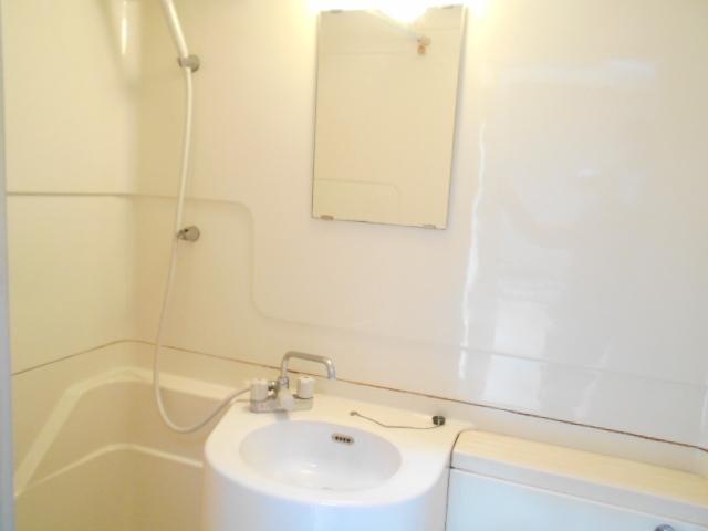 コーポナナオ 102号室の洗面所