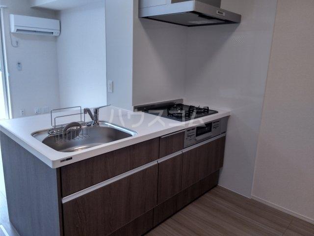 シャルムPeony 102号室のキッチン