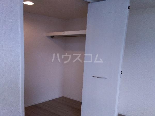 シャルムPeony 102号室の玄関
