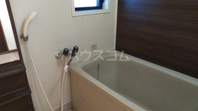 日建シェトワ-5 401号室の風呂