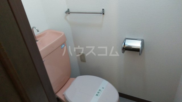 日建シェトワ-5 401号室のトイレ