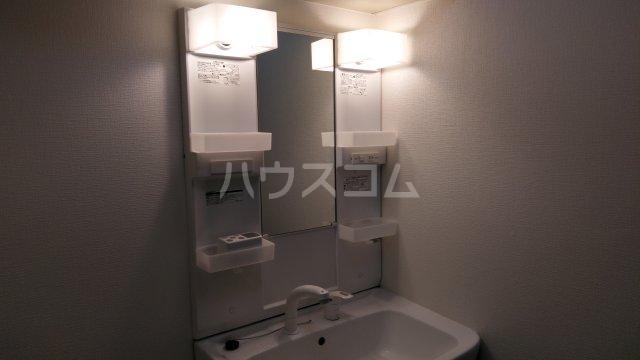 日建シェトワ-5 401号室の洗面所