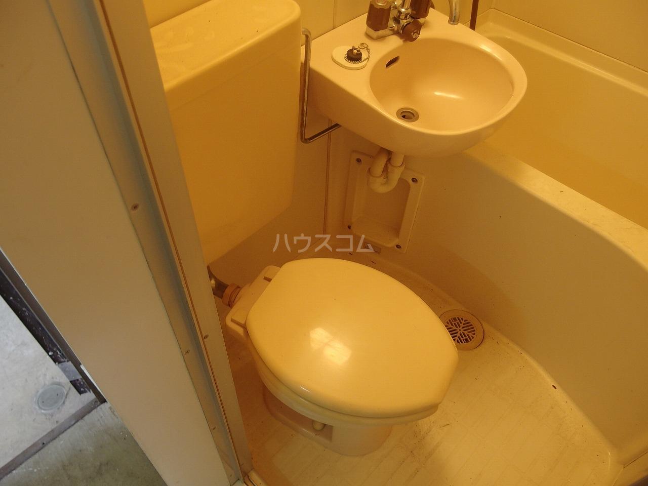 ヴィラ桜ヶ丘 106号室のトイレ