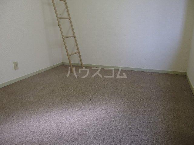 ヴィラ桜ヶ丘 106号室の居室