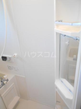 プラムズ・ヴィラ 103号室の風呂
