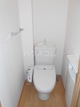 プラムズ・ヴィラ 103号室のトイレ