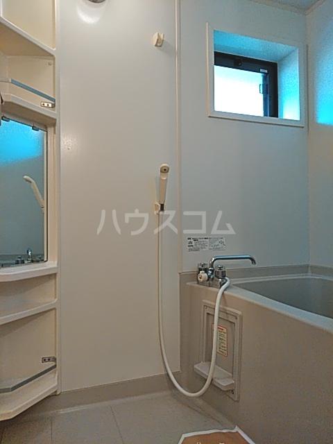 モナリエ穴橋 101号室の風呂