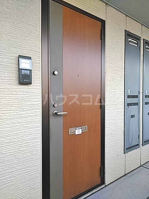 モナリエ穴橋 101号室の玄関
