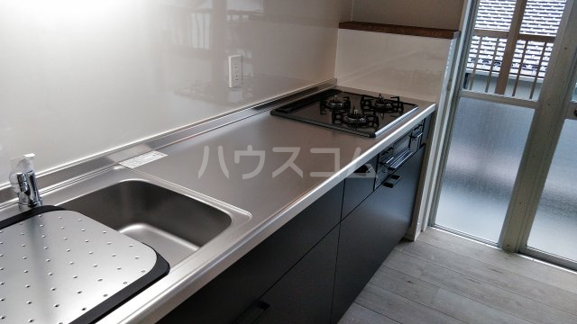 関田農住団地コーポつかさ 302号室のキッチン