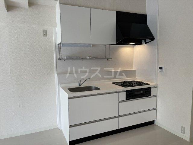 ハイライフ大曽根 203号室のキッチン