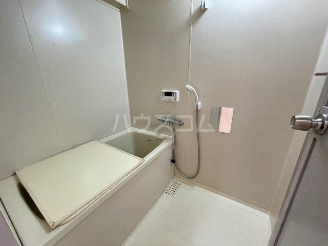 ハイライフ大曽根 203号室の風呂