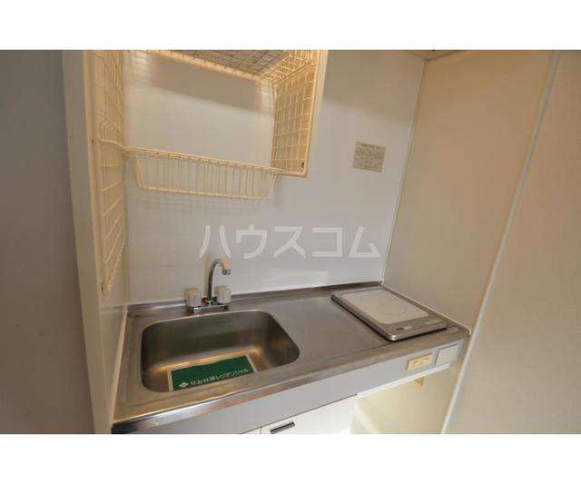 サンライズ鶴瀬 105号室のキッチン