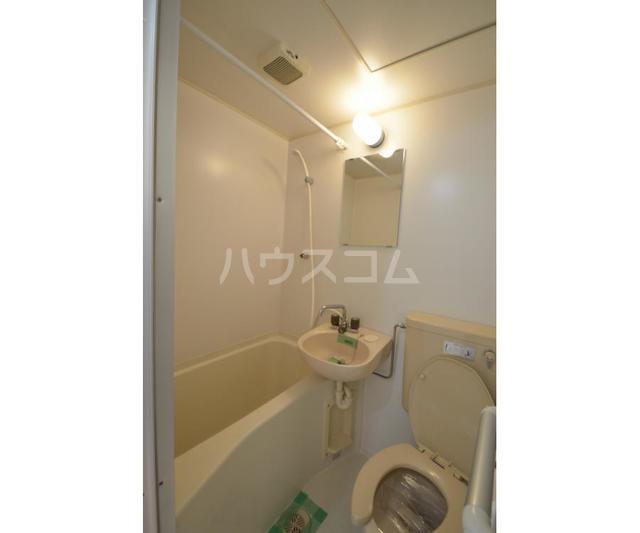 サンライズ鶴瀬 105号室の風呂