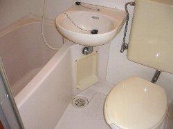 サンライズ鶴瀬 105号室のトイレ