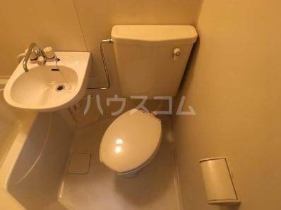リコリスB 121号室のトイレ