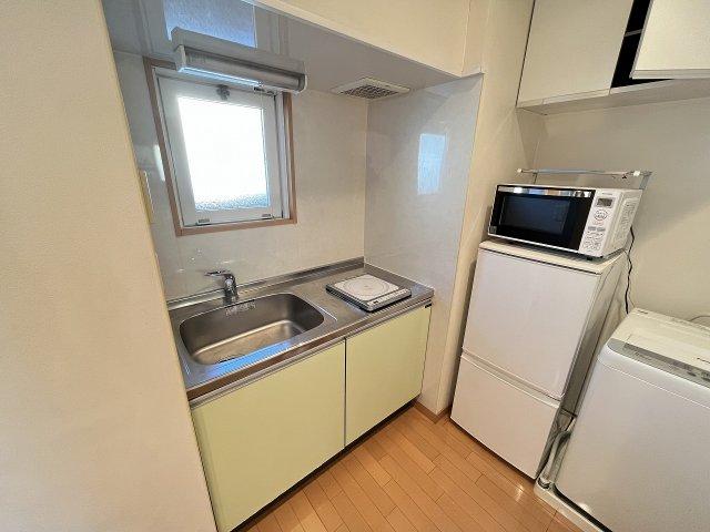 トリコロール・ピエテ 201号室のキッチン