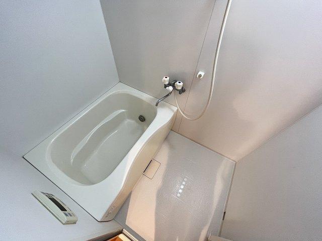 トリコロール・ピエテ 201号室の風呂