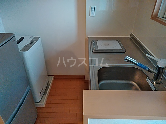 トリコロール・ピエテ 207号室のキッチン