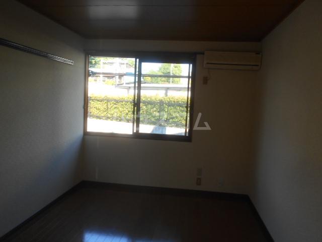 メゾンド・エメラルド 107号室の居室