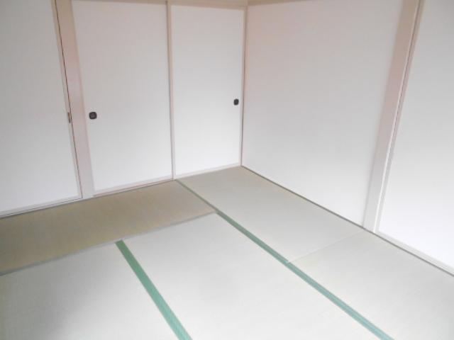 持田貸家10号棟の居室