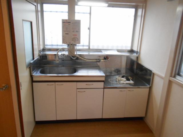 持田貸家10号棟のキッチン