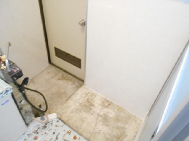 持田貸家10号棟の洗面所