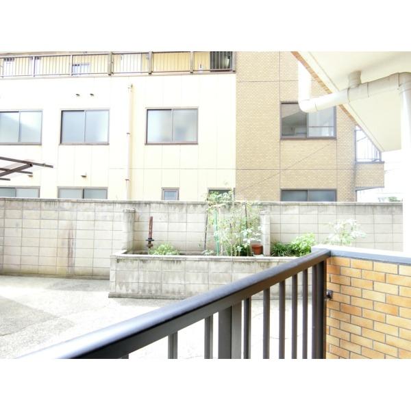 ライオンズマンション聖蹟桜ヶ丘第3 101号室のバルコニー