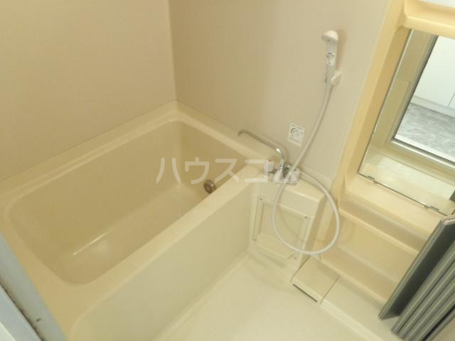サンセヴィラージュ 305号室の風呂