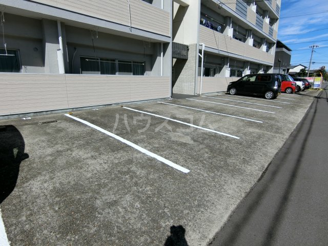 第1岐南ビル 1A号室の駐車場