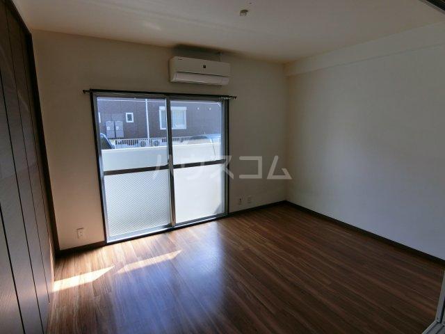 第1岐南ビル 1A号室の居室