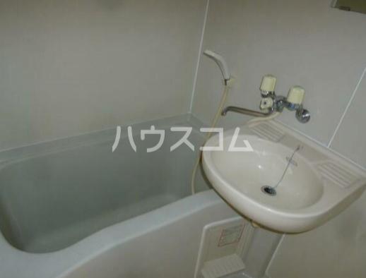 アルモA棟 105号室の洗面所