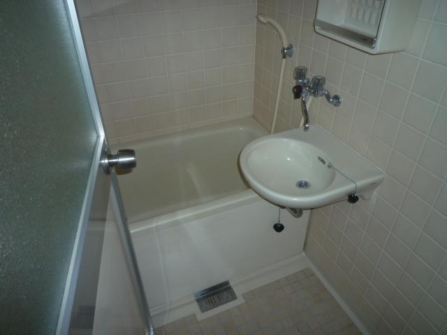 サンライン岐阜コーポ 402号室の風呂