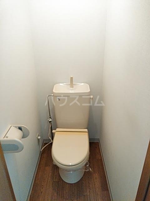 ヴィラコンテッサ原 205号室のトイレ