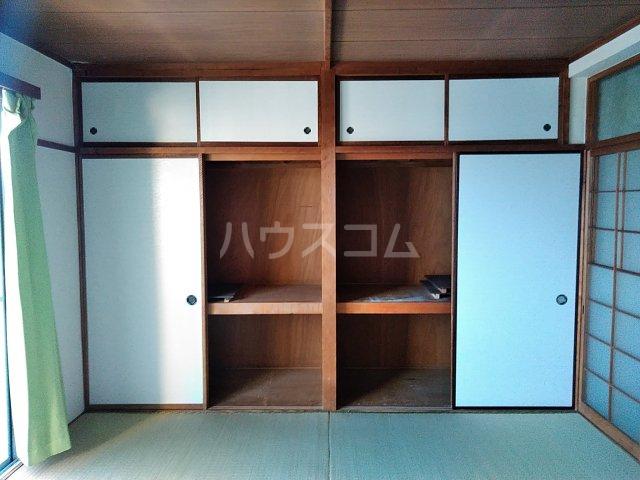 浅野ビル 301号室の収納
