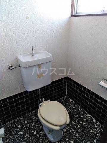 浅野ビル 301号室のトイレ