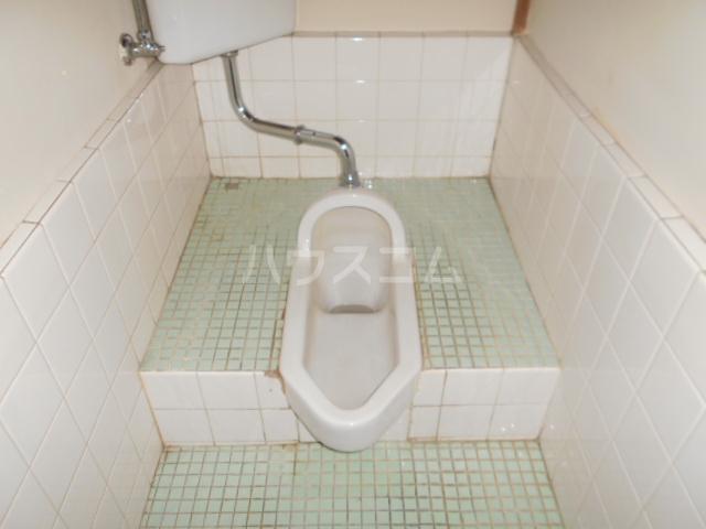 下田アパート 6号室のトイレ