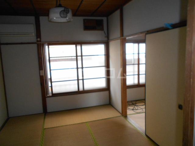 下田アパート 6号室のリビング