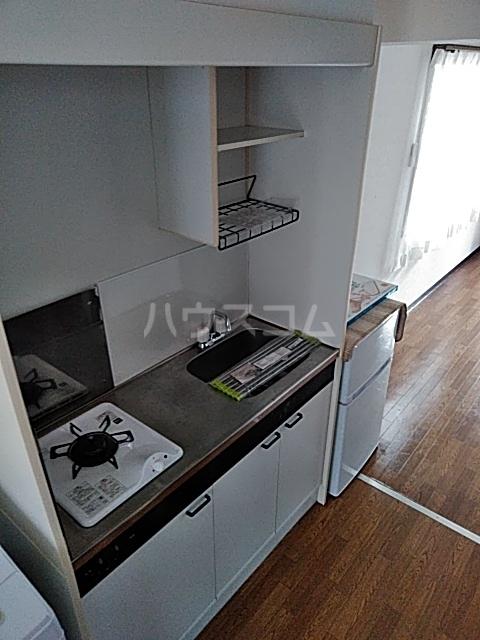 アリビラ原 106号室のキッチン