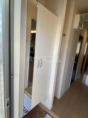 サンフローラ 101号室の収納