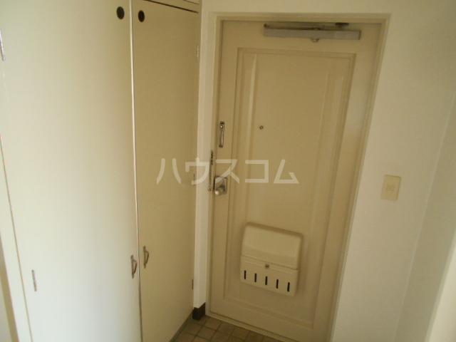 浜野ハイツ 303号室の玄関
