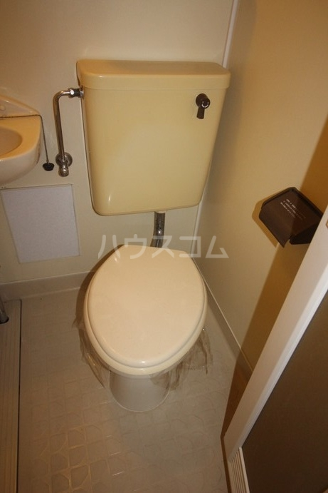 ローズガーデン銭座町 204号室の洗面所
