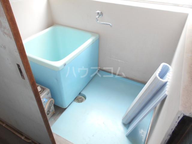 下田アパート 5号室の風呂