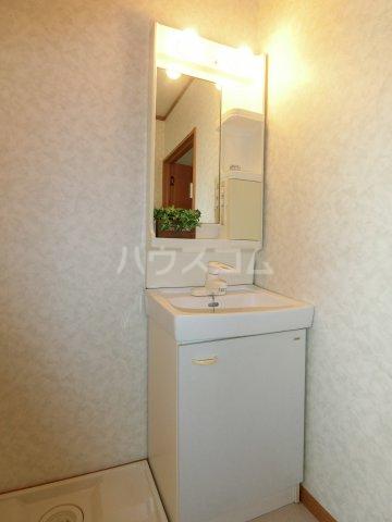 加藤ビルⅠ 502号室の洗面所
