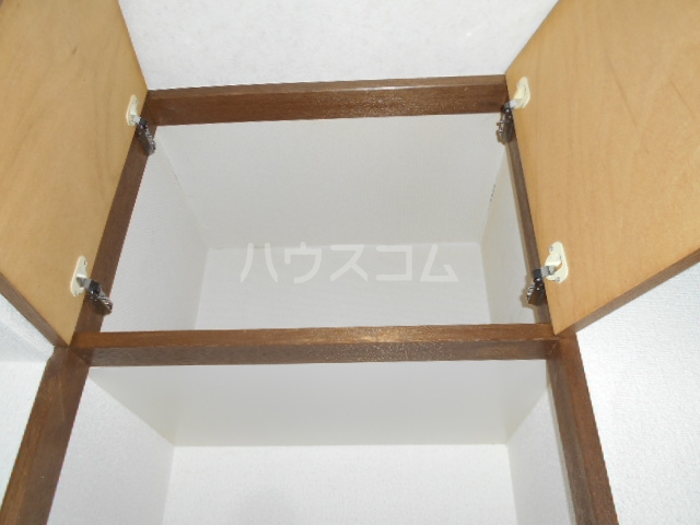池田ハイツA 206号室の収納