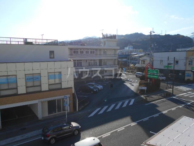 コシミズマンション 302号室の景色